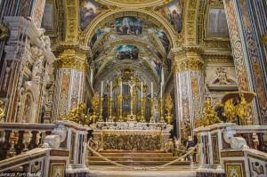 Abbazia-Montecassino-L'altare_2